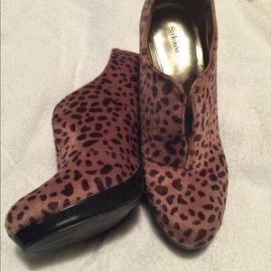 Animal print bootie heel